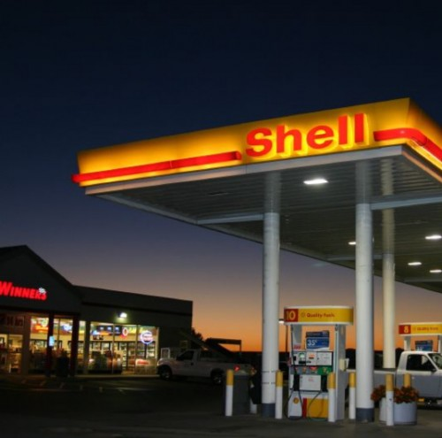 100921_16_gas-station